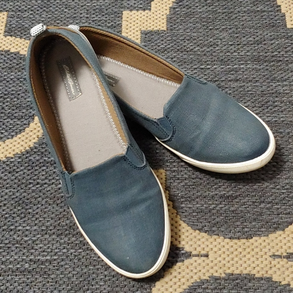 Eddie Bauer shoe